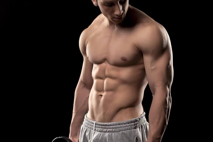外見の色気2.程よく筋肉のついた男らしい身体つき