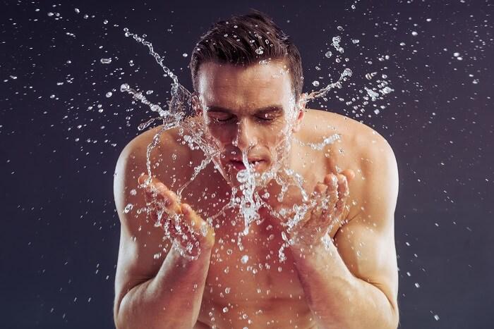 手順5、ぬるま湯で洗い流す