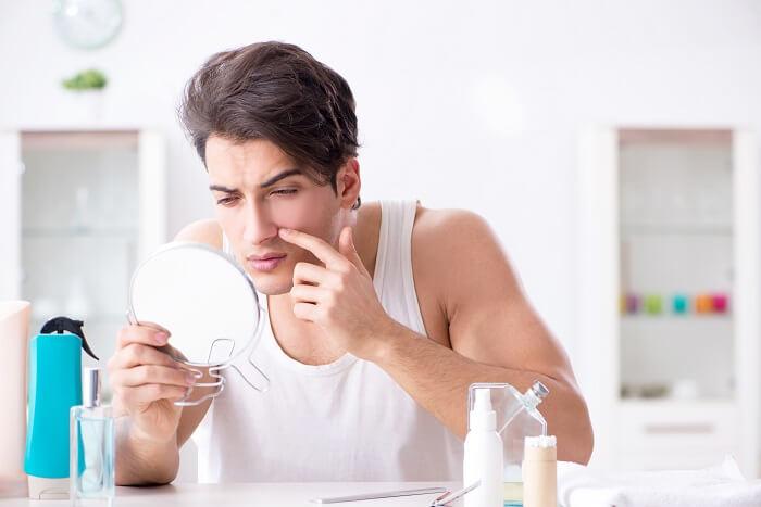ニキビが気になる方は殺菌・抗炎症効果が有るものを選ぶ