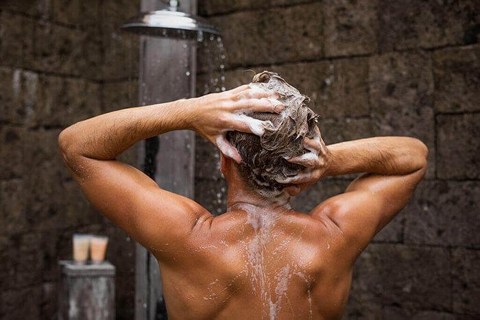 ミドル脂臭を予防する頭の洗い方