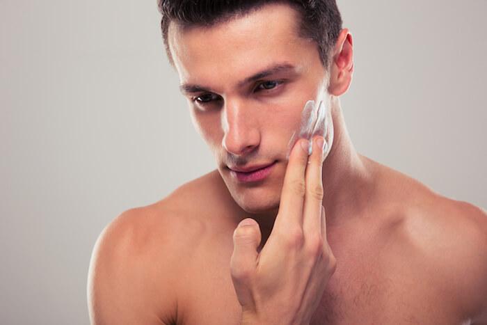 適度な洗浄力の洗顔料を選ぶ