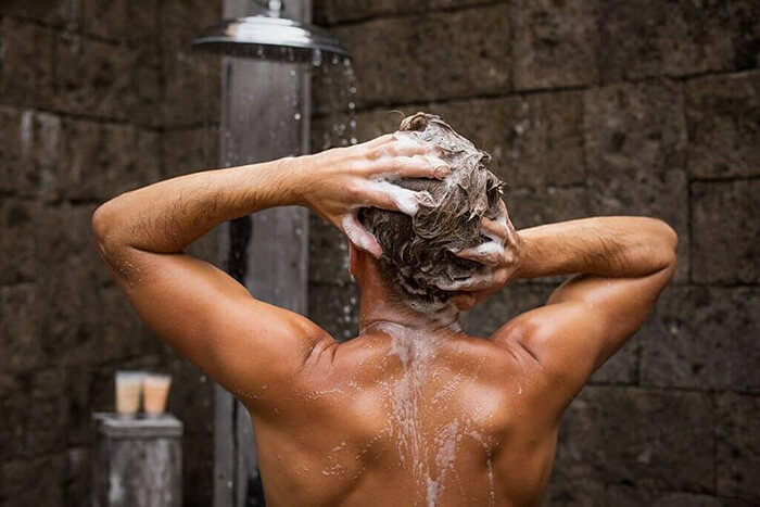 ①頭皮を清潔な状態にする