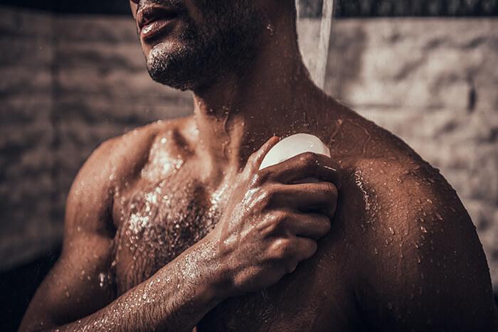 入浴時は優しく体を洗おう