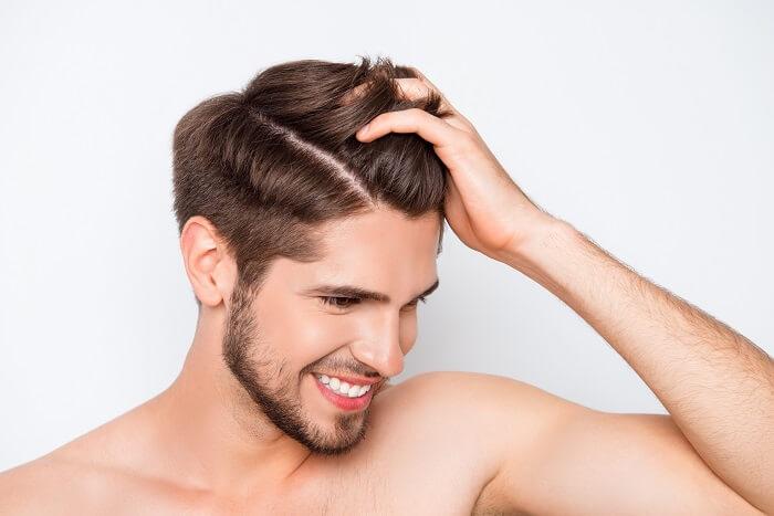1.髪の毛は手入れされているか