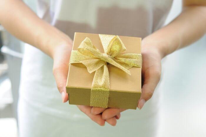 男性から頻繁にプレゼントをもらう