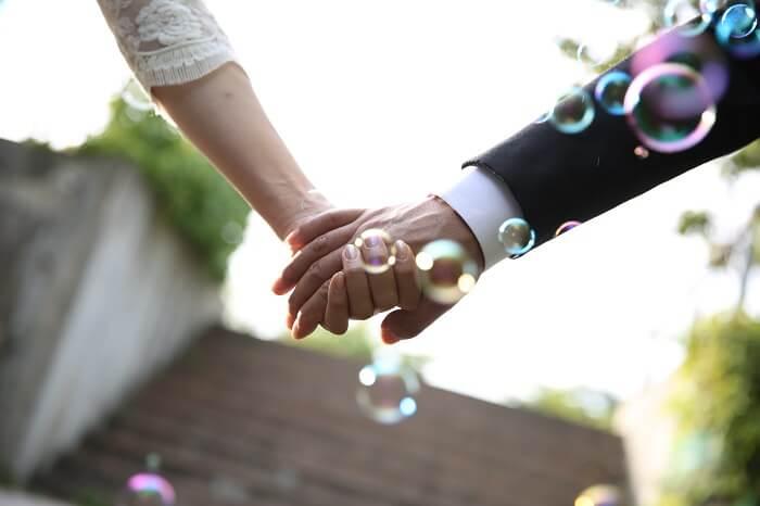 遠距離恋愛で結婚したカップルはいるのか?