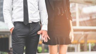 社内恋愛はどうやって成功させれば良い?職場の女性と交際する上で気を付けたいポイントも紹介