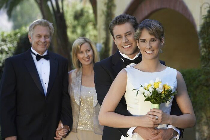 結婚式はするのかしないのか