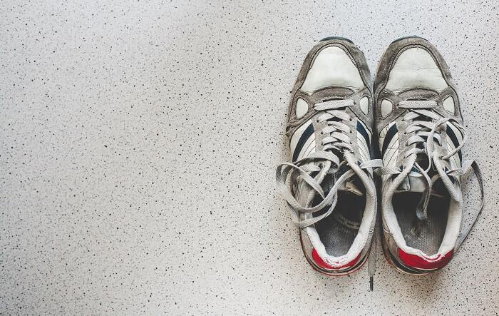 靴が汚いと台無しに