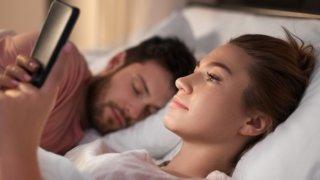 彼氏持ち女性の脈あり行動&LINEを解説!略奪愛には意外な落とし穴があることが判明