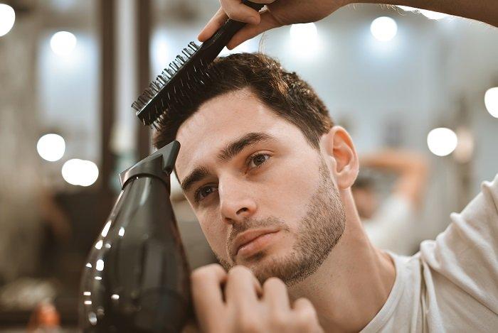 ジェルをいきなりつけない!まずは髪を濡らす