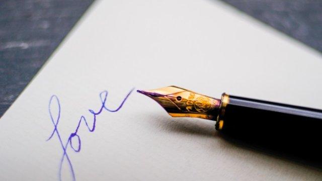 ダイヤより手紙…彼女を100倍喜ばせる手紙の書き方!