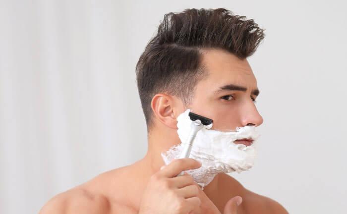 髭剃り 肌荒れ シェービングクリーム