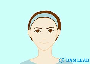 洗顔ステップ1.邪魔な髪の毛はヘアバンドで留める