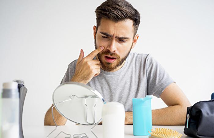 いちご鼻の原因と対策方法