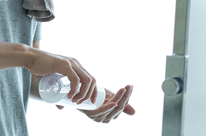 Step2.化粧水で保湿する