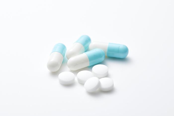 ①投薬治療